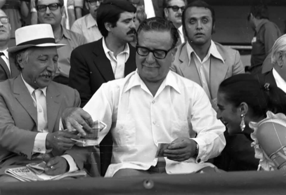 Luis Corvalán con Salvador Allende