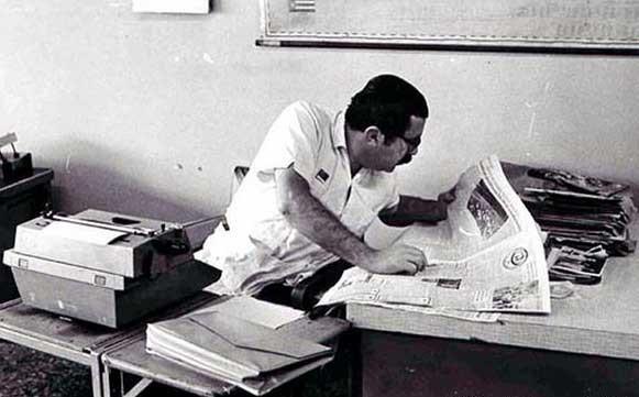 Augusto Olivares trabajando