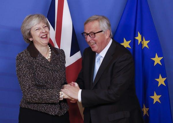 Mayo y el pasatiempo favorito de Juncker. Olivier Hoslet / EPA