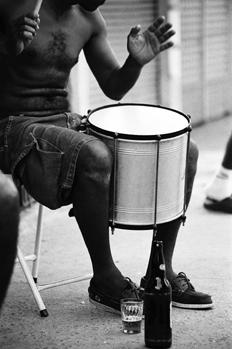 La música, único pasatiempo de los más pobres.