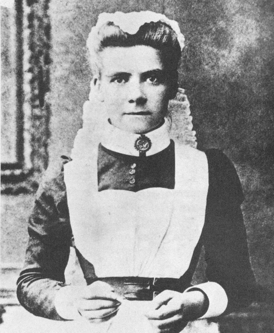 Edith Cavell, fundadora de la primera escuela de enfermeras de Bélgica.