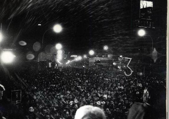 El apoyo popular al candidato socialista. Foto de Sonia Aravena.