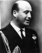 El capitán Arturo Araya Peeters, el asesinado edecán naval de Allende