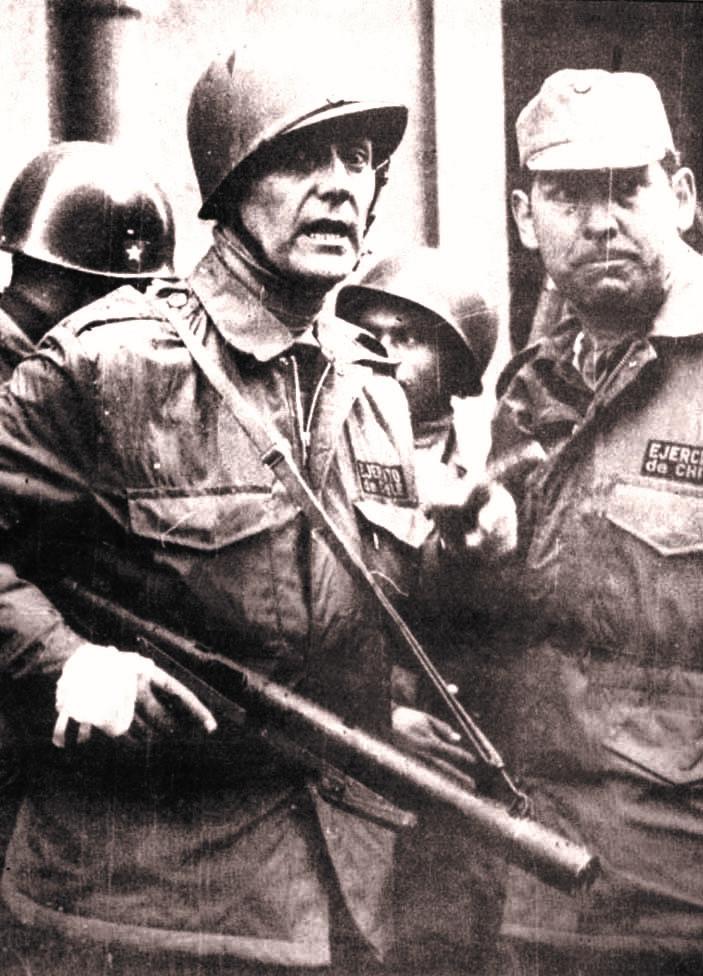 El general Javier Palacios, jefe del ataque por tierra a La Moneda