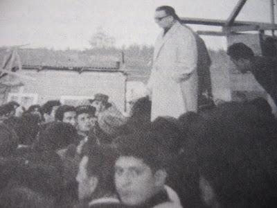El senador Allende visita la toma de Puerto Montt