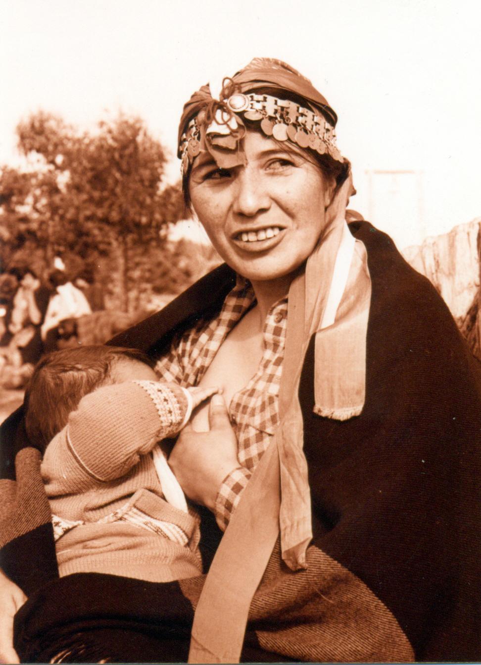 El censo de reducciones de 1988 indicó que por cada 100 mujeres existían 109 hombres. Fotografía de Nelson Muñoz Mera.
