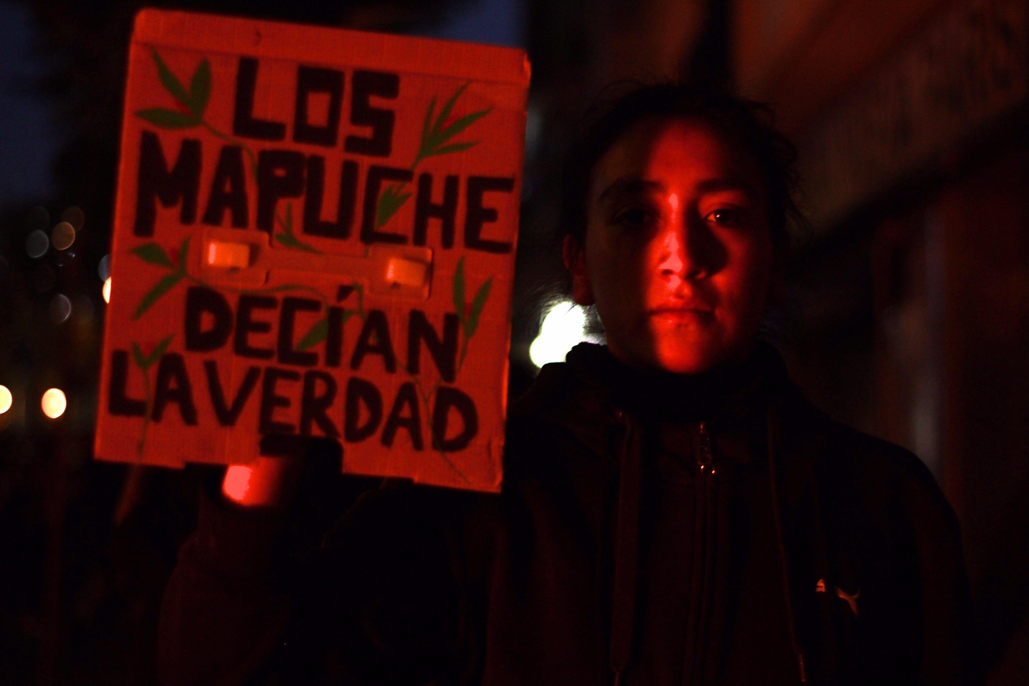 María Paz Navarro, manifestado en la calle Vicuña Mackenna