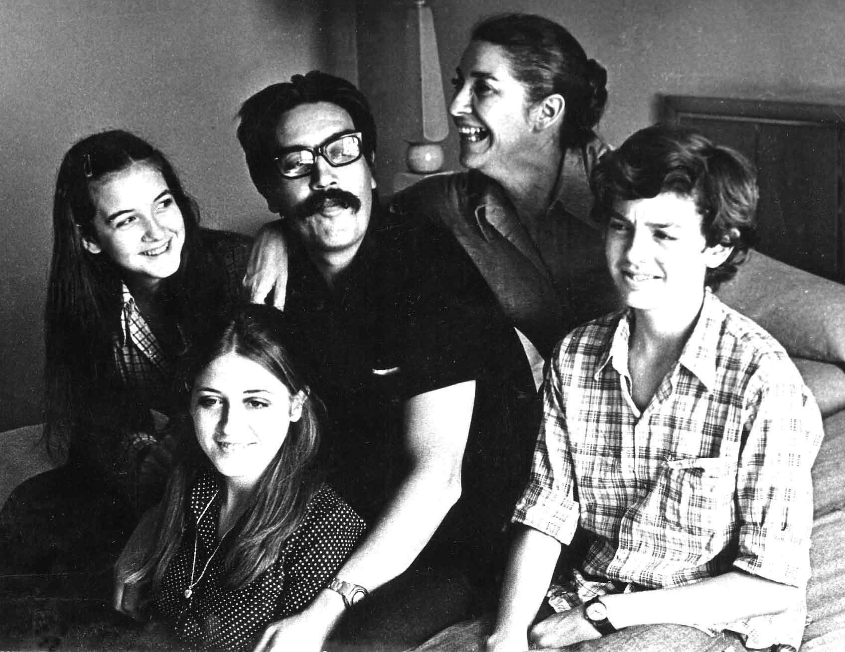 La familia Cabieses poco después de llegar a Cuba
