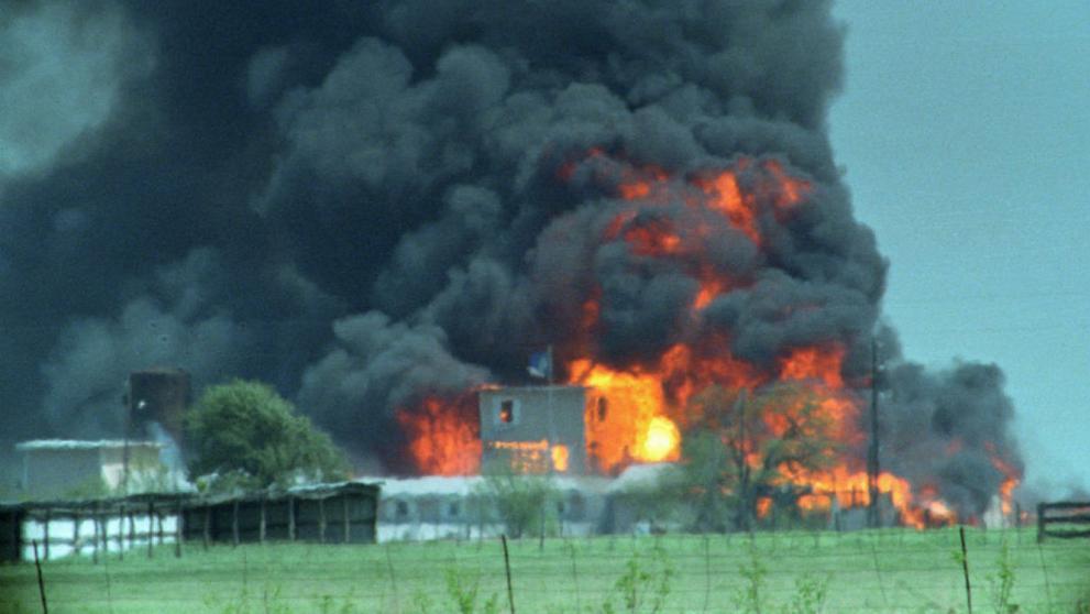 La masacre de Waco en 1993.