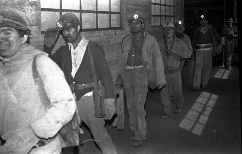 Las deplorables condiciones de trabajo de los mineros del carbón.