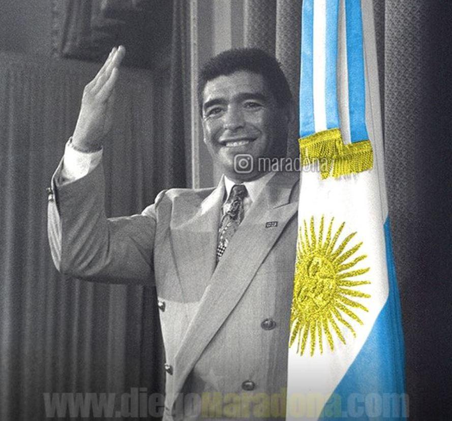 Foto subida por Maradona a su cuenta, refiriéndose a su apoyo a presidentes argentinos