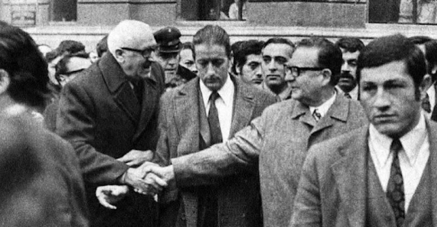 Bruno, Domingo Blanco, a la derecha de Salvador Allende.