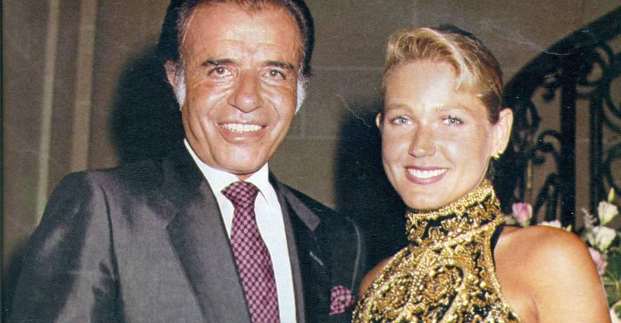Carlos Menem con Xuxa. Ella era mucho más alta, pero él siempre se las arreglaba para figurar más grande.
