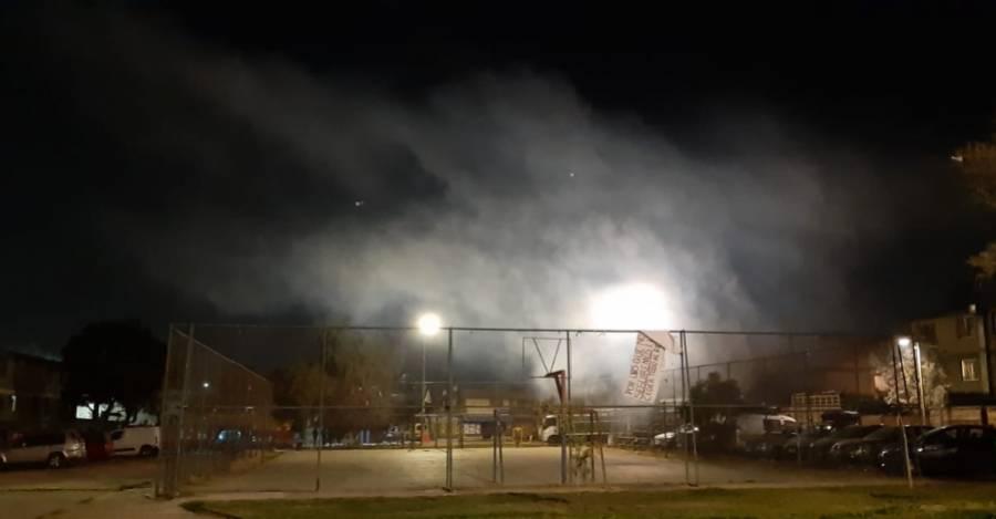 Gas de lacrimógenas en Lo Hermida. Foto: Nicolás Massai.