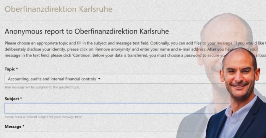 De fondo, el formato para denunciar. En la esquina, el ministro de Baden-Württemberg.