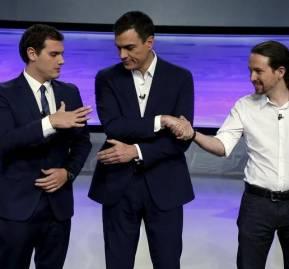 Foto de El Mundo de un debate televisivo: Albert Rivera, Pedro Sánchez y Pablo Iglesias
