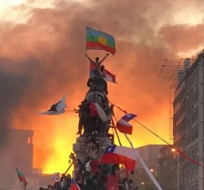 Fotografía de Susana Hidalgo durante la marcha del viernes 25 de octubre