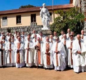 Conferencia Episcopal en Punta de Tralca, hace 10 años aprox.