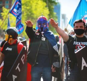 """Marcha del """"Rechazo"""", La Condes, Chile, sábado octubre 2020."""