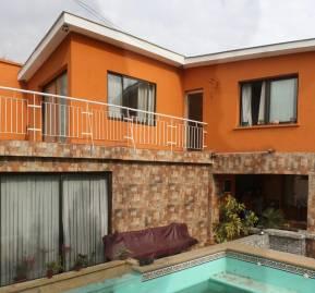 Esta es la casa donde torturó la DINA, en calle Irán al llegar a Los Plátanos, en Macul