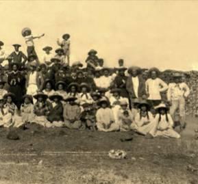 Habitantes de Rapa Nui a fines del siglo XIX.