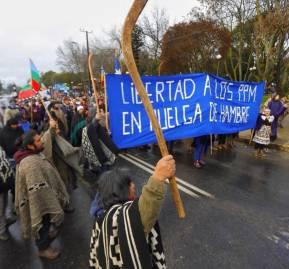 Marcha en Angol por los presos en huelga de hambre. Crédito: Felipe Durán.