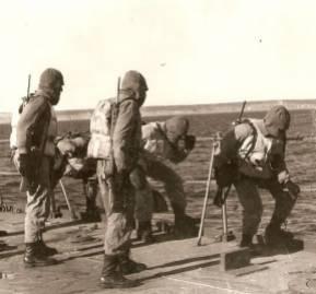 Infantes de marina argentinos en la frontera austral con Chile