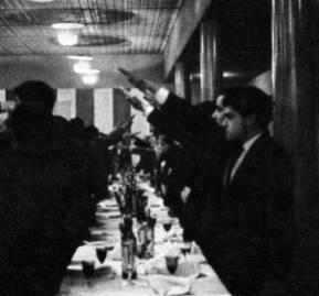 Nacionalistas chilenos reunidos en el club Audax Italiano