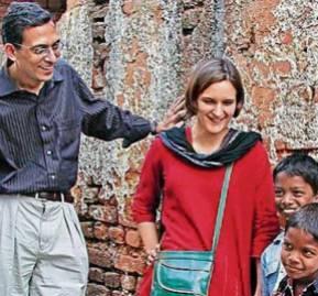 Abhijit Banerjee y Esther Duflo, investigadores del MIT y ganadores junto a Michael Kremer del Nobel de Economía 2019.