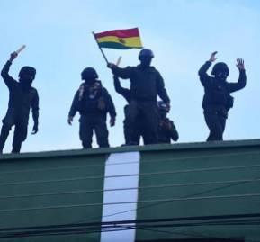 Policías de Cochabamba