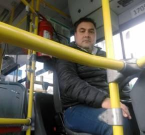 Hugo Peña, conductor de Transantiago (Fotografía previa al uso obligatorio de mascarilla)