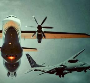 De fondo, el avión norteamericano de vigilancia 'Cougar'. En la esquina inferior, el 'Crusader' chileno